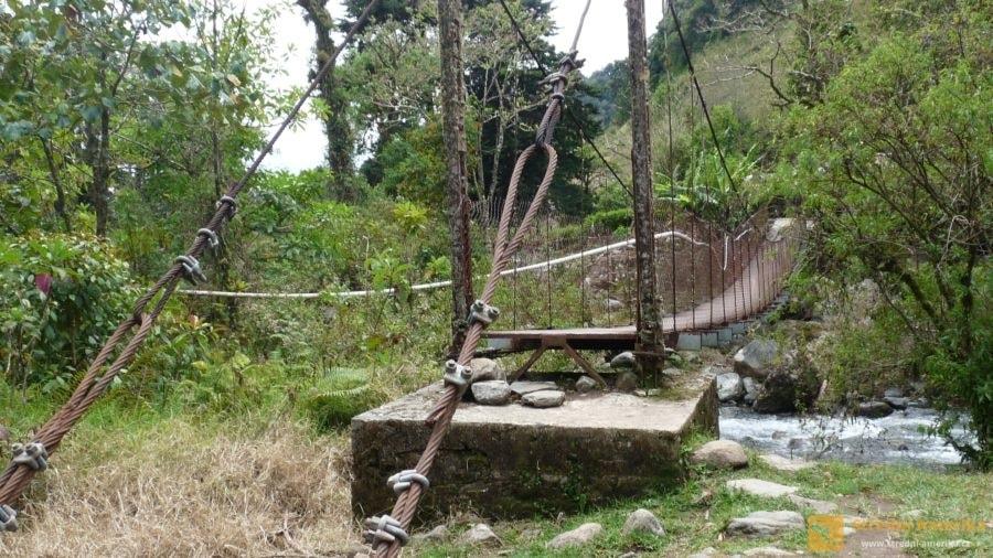 Boquete, z cesty za Ztracenými vodopády.