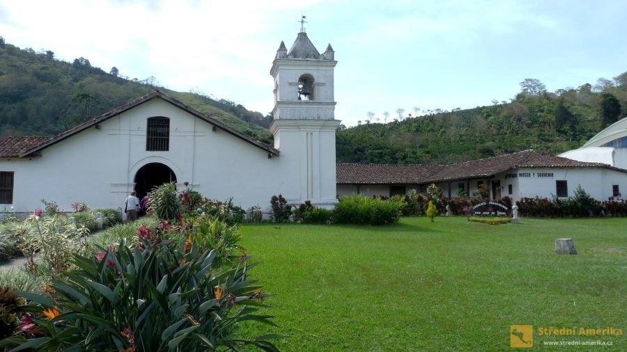 Orosi, jeden zprvních kostarických kostelůIglesiade SanJosé.