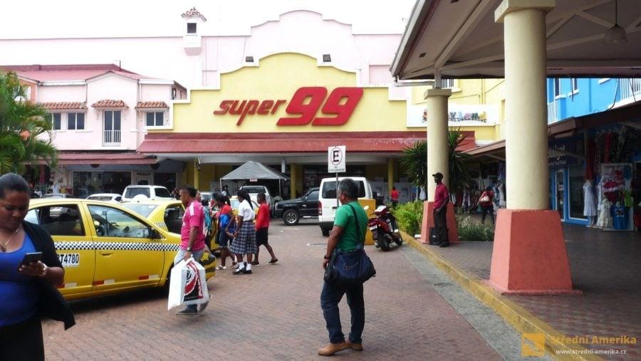 Panama, Colón, supermarket Super 99