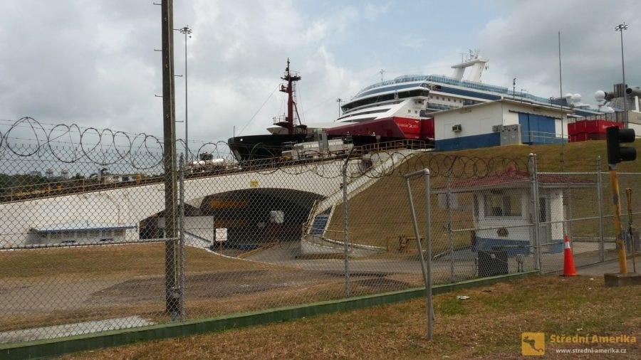 Panama, gatunské zdymadlo v době stavebních úprav 3/2016.