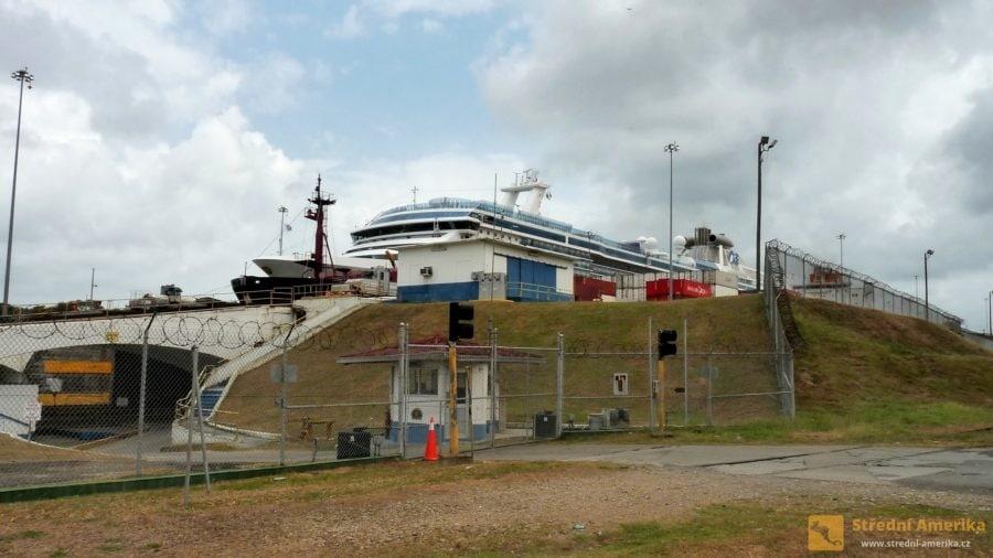 Panama, zdymadla Gatún