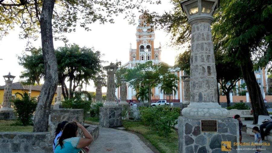 Nikaragua, Granada: Kostel Xalteva.