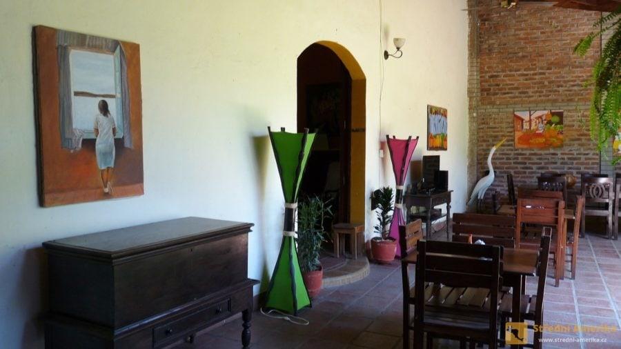 Granada, hala/ranní jídelna levného penzionu.