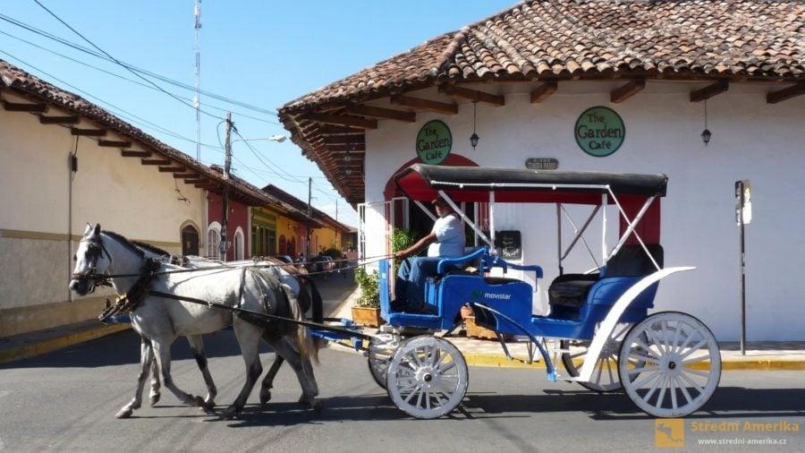 Granada, koloniální atmosféra