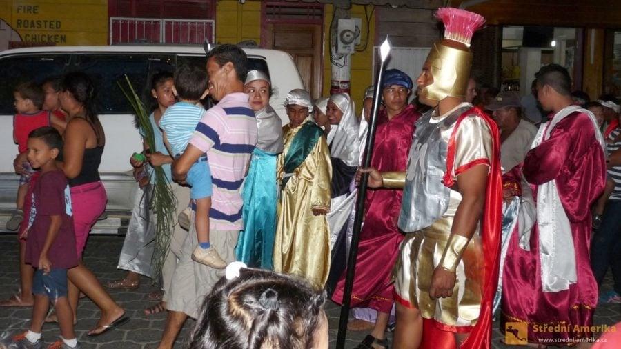 Nikarague,San Juan Del Sur. Pouliční divadlo při příležitosti nadcházejících Velikonoc.