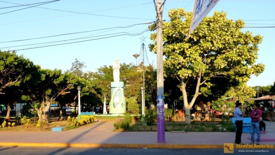 Nikaragua. Leon má pověst prosandinovského města